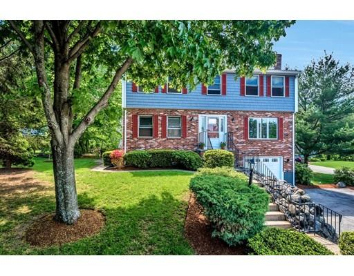 Частный односемейный дом для того Продажа на 4 Majority Lane Woburn, Массачусетс 01801 Соединенные Штаты