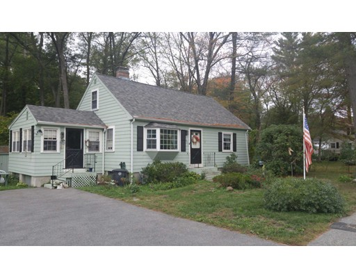 واحد منزل الأسرة للـ Sale في 128 Page Road Bedford, Massachusetts 01730 United States