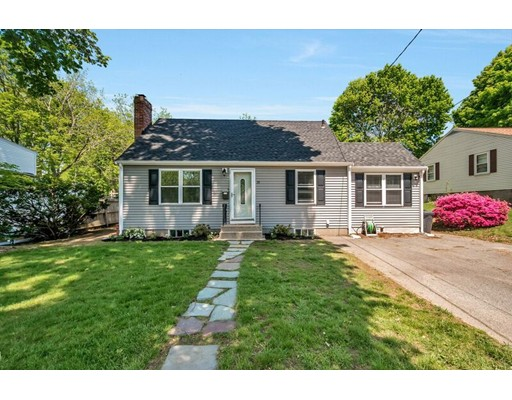 Picture 12 of 29 West St  Woburn Ma 3 Bedroom Single Family