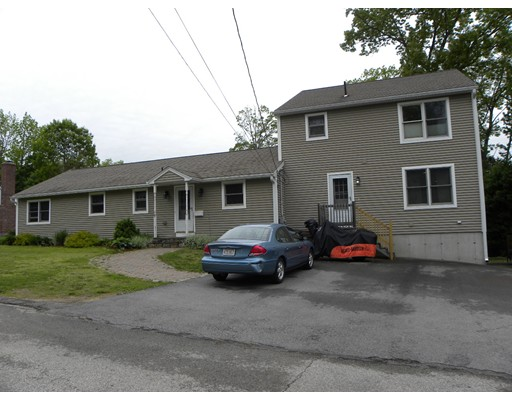 Single Family Home for Sale at 3 Arrowhead Avenue Auburn, Massachusetts 01501 United States