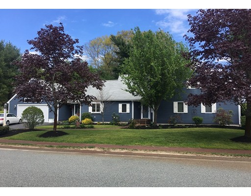 Single Family Home for Sale at 177 Edgewater Drive 177 Edgewater Drive Pembroke, Massachusetts 02359 United States