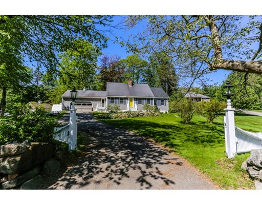 Single Family Home for Sale at 91 Central Street Georgetown, Massachusetts 01833 United States