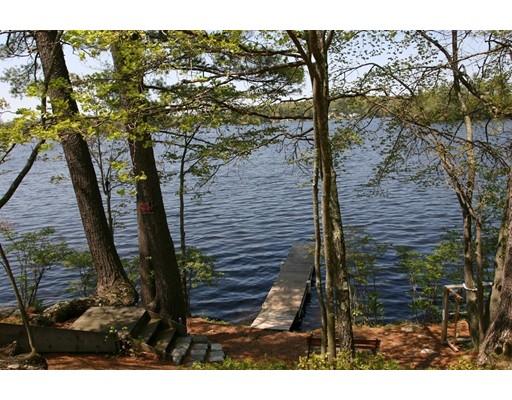 واحد منزل الأسرة للـ Sale في 79 Robbs Hill Road Lunenburg, Massachusetts 01462 United States