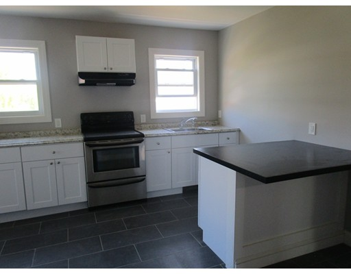 Additional photo for property listing at 22 Goddard  Southbridge, Massachusetts 01550 Estados Unidos