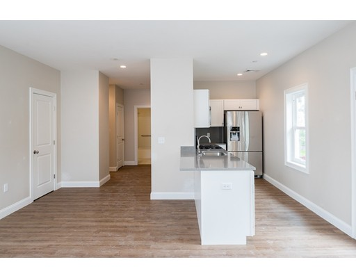 278 Court Street 103, Plymouth, MA, 02360