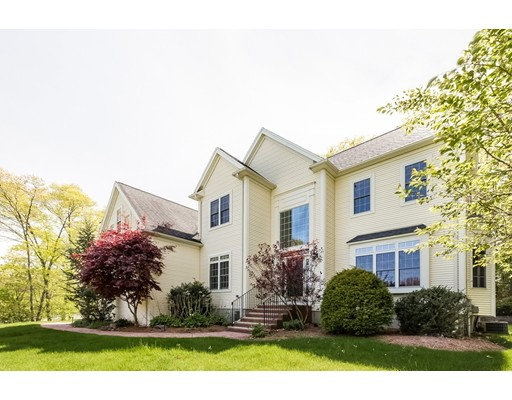Single Family Home for Sale at 50 Cedar Farms Road Medway, Massachusetts 02053 United States