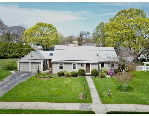 独户住宅 为 销售 在 27 Anawan Road Pawtucket, 罗得岛 02861 美国