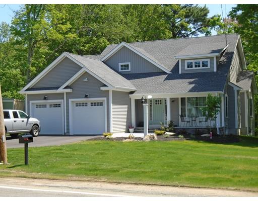 Частный односемейный дом для того Продажа на 220 East Street Foxboro, Массачусетс 02035 Соединенные Штаты