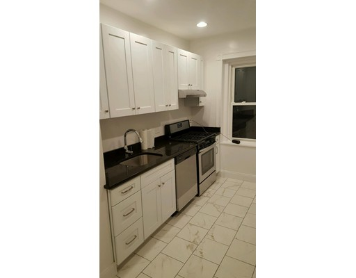 Additional photo for property listing at 31 Linden Place  Brookline, Massachusetts 02445 United States