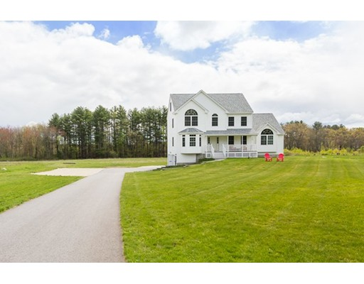 Single Family Home for Sale at 13 Pine Road Brentwood, New Hampshire 03833 United States