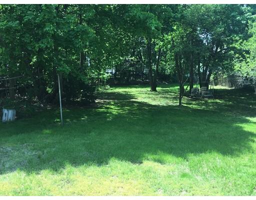土地 为 销售 在 406 Broadway 莫尔登, 马萨诸塞州 02148 美国