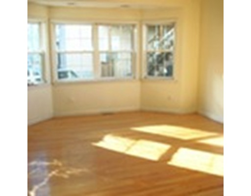 Additional photo for property listing at 39 Middle  Boston, Massachusetts 02127 Estados Unidos