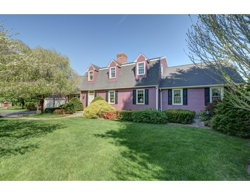 Single Family Home for Sale at 7 Brian Circle Grafton, Massachusetts 01519 United States
