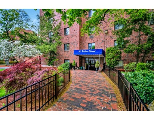 50 Water St 21, Medford, MA 02155