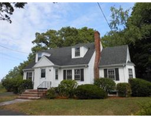 Additional photo for property listing at 37 Courtland Circle  Milton, Massachusetts 02186 Estados Unidos