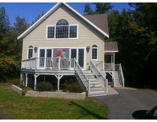 Single Family Home for Rent at 390 Potwine Lane Amherst, Massachusetts 01002 United States