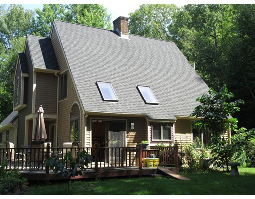 Single Family Home for Sale at 9 Stebbins Road Monson, Massachusetts 01057 United States