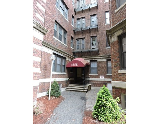 Single Family Home for Rent at 1558 Massachusetts Avenue Cambridge, Massachusetts 02138 United States
