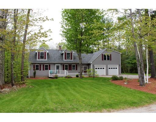 Maison unifamiliale pour l Vente à 7 Howard Lane New Boston, New Hampshire 03070 États-Unis