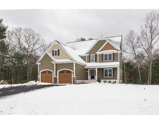 Single Family Home for Sale at 216 Pass Farm Road Attleboro, Massachusetts 02703 United States