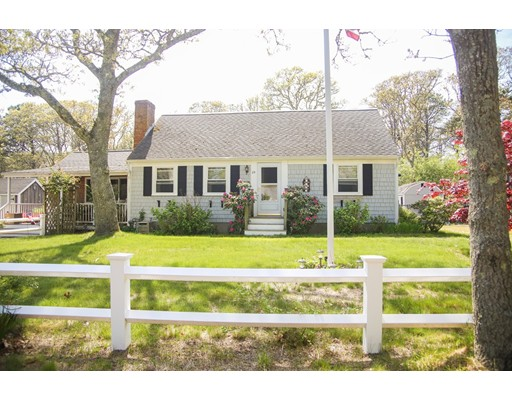 25 West Pond Rd, Chatham, MA 02633