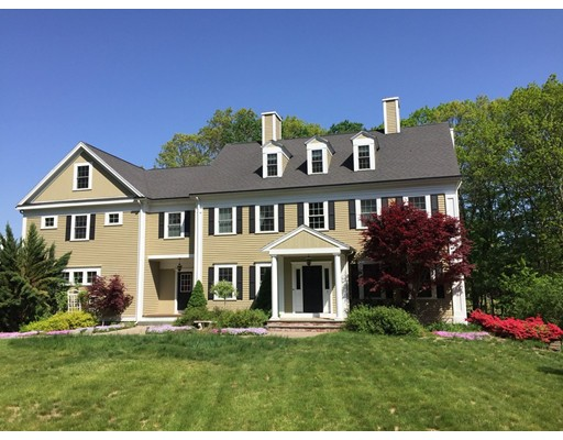 Single Family Home for Sale at 3 Dole Place West Newbury, Massachusetts 01985 United States