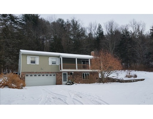Single Family Home for Sale at 201 Dunhamtown Palmer Road 201 Dunhamtown Palmer Road Brimfield, Massachusetts 01010 United States