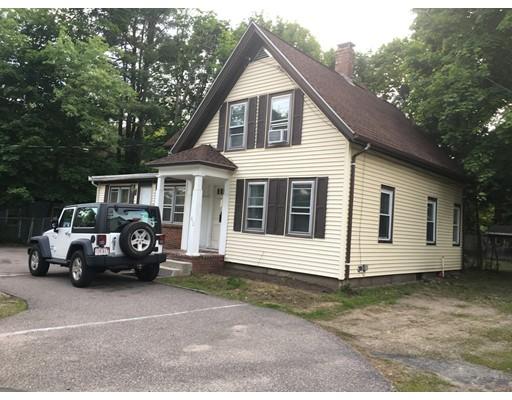 Casa Unifamiliar por un Alquiler en 412 PLEASANT Stoughton, Massachusetts 02072 Estados Unidos