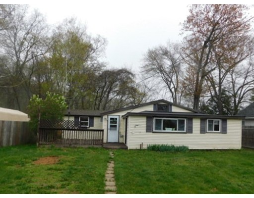 118 Lake Shore, West Brookfield, MA 01585