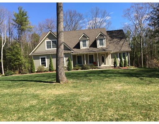 Single Family Home for Sale at 10 nikki's Way Hadley, Massachusetts 01035 United States