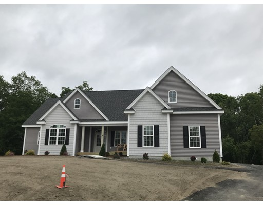 Single Family Home for Sale at 4 Pagona Way Dracut, 01826 United States