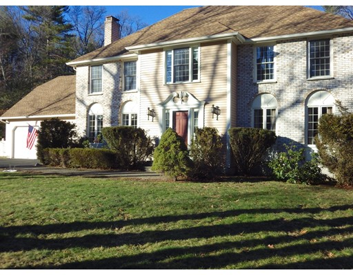 Single Family Home for Rent at 6 Fieldstone Drive Medfield, Massachusetts 02052 United States