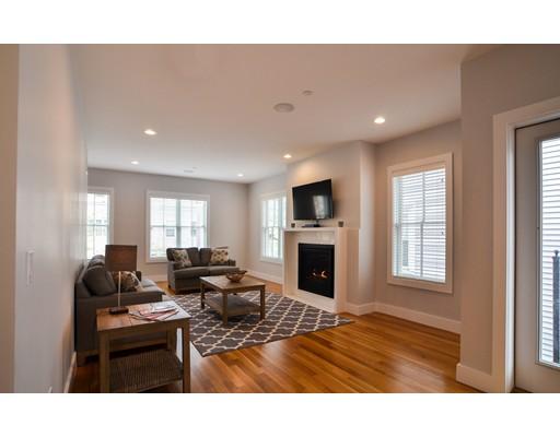 Casa Unifamiliar por un Alquiler en 529 E 4th Street Boston, Massachusetts 02127 Estados Unidos