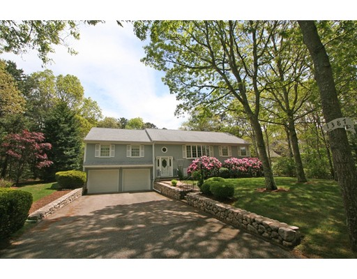 Single Family Home for Sale at 1387 Old Post Road Barnstable, Massachusetts 02648 United States