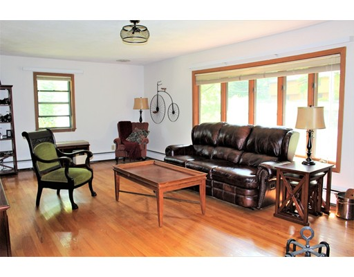 Single Family Home for Sale at 95 Leigh Road 95 Leigh Road Cumberland, Rhode Island 02884 United States
