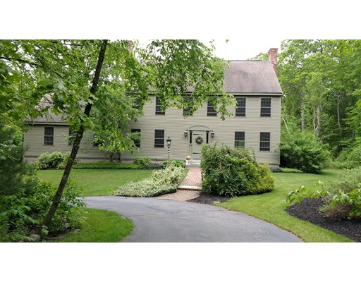 Частный односемейный дом для того Продажа на 34 Oak Circle Princeton, Массачусетс 01541 Соединенные Штаты