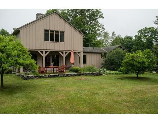 Частный односемейный дом для того Продажа на 425 Hotchkiss Road New Marlboro, Массачусетс 01230 Соединенные Штаты