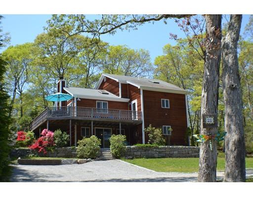 واحد منزل الأسرة للـ Sale في 28 Old Lighthouse Road Tisbury, Massachusetts 02568 United States