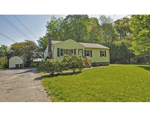 Single Family Home for Sale at 1 FULLER PLACE Franklin, Massachusetts 02038 United States