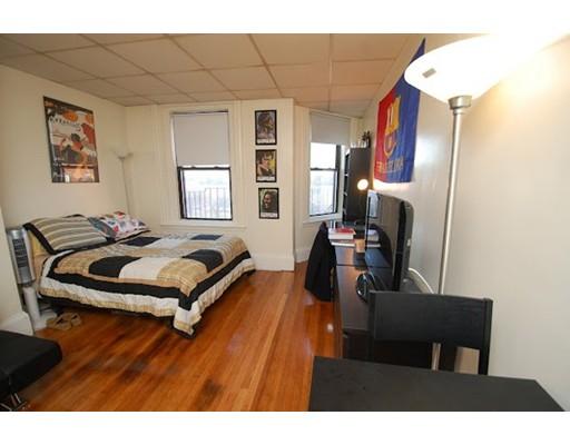 Casa Unifamiliar por un Alquiler en 506 Beacon Boston, Massachusetts 02215 Estados Unidos