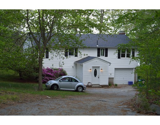 Single Family Home for Sale at 1215 Thompson Road Thompson, Connecticut 06277 United States
