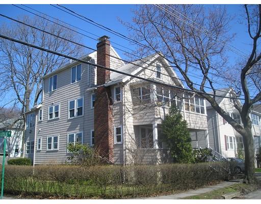 Apartamento por un Alquiler en 22 Creeley Rd #2 22 Creeley Rd #2 Belmont, Massachusetts 02478 Estados Unidos