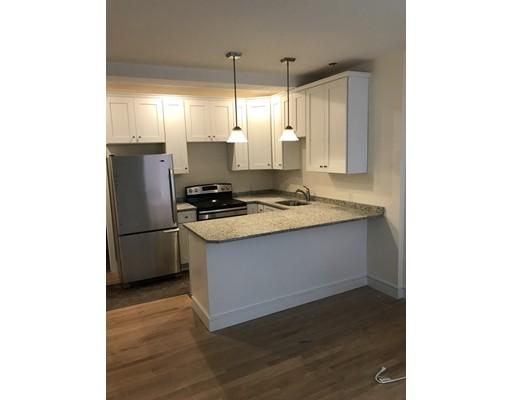 Casa Unifamiliar por un Alquiler en 877 Beacon Street Boston, Massachusetts 02215 Estados Unidos