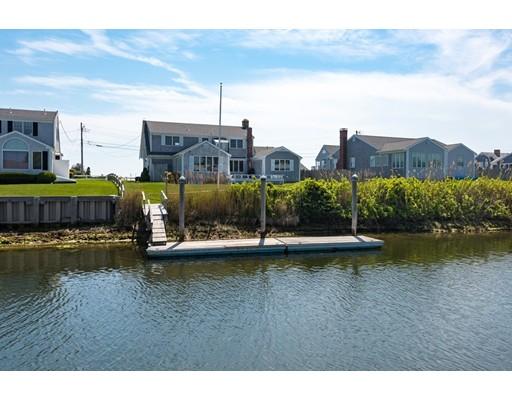 Casa Unifamiliar por un Venta en 20 Riverside Way 20 Riverside Way Dennis, Massachusetts 02670 Estados Unidos