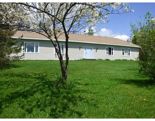 Частный односемейный дом для того Продажа на 72 Jackson Road Savoy, Массачусетс 01256 Соединенные Штаты