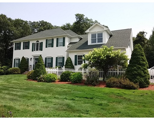 Single Family Home for Sale at 56 Barrister Circle 56 Barrister Circle Westfield, Massachusetts 01085 United States