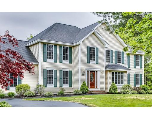 واحد منزل الأسرة للـ Sale في 35 Mulberry 35 Mulberry Pelham, New Hampshire 03076 United States