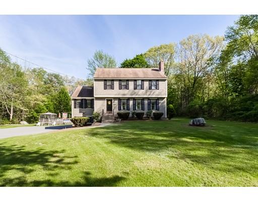 واحد منزل الأسرة للـ Sale في 3 Viken Drive Chelmsford, Massachusetts 01824 United States