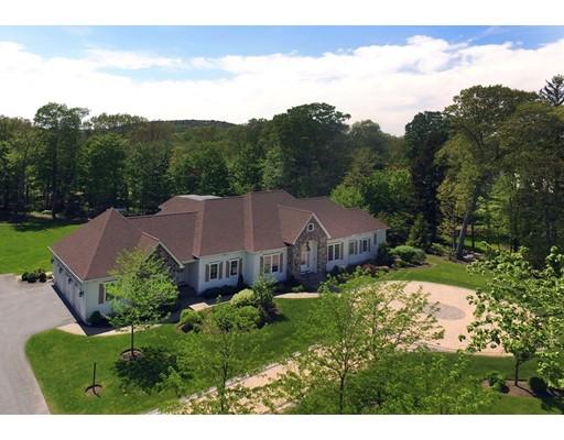 Maison unifamiliale pour l Vente à 43 Forest Street 43 Forest Street Milton, Massachusetts 02186 États-Unis