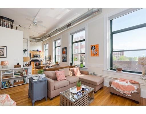独户住宅 为 出租 在 70 Exchange Street 林恩, 马萨诸塞州 01901 美国